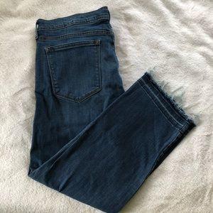 Banana Republic Frayed Hem Straight Crop Jeans
